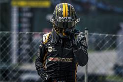 Nico Hulkenberg, Renault Sport F1 Team stopped on track
