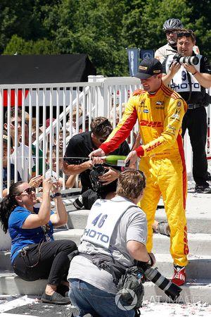 Ryan Hunter-Reay, Andretti Autosport Honda, podio, champagne