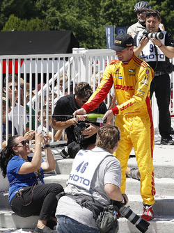 Podio: Ryan Hunter-Reay, Andretti Autosport Honda, celera