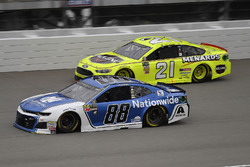 Alex Bowman, Hendrick Motorsports, Chevrolet Camaro Nationwide and Paul Menard, Wood Brothers Racing, Ford Fusion Menards / Jack Links