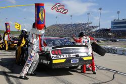 Kaz Grala, Fury Race Cars LLC, Ford Mustang NETTTS pit stop