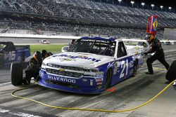 Johnny Sauter, GMS Racing, Allegiant Airlines Chevrolet Silverado pit stop