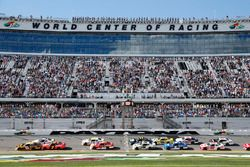 Daniel Hemric, Richard Childress Racing, South Point Hotel & Casino Chevrolet Camaro Justin Allgaier