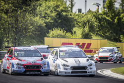 Norbert Michelisz, BRC Racing Team Hyundai i30 N TCR, Yvan Muller, YMR Hyundai i30 N TCR