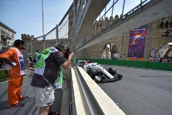 Marcus Ericsson, Sauber C37 et un photographe