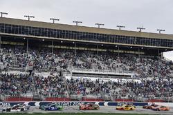 Kevin Harvick, Stewart-Haas Racing, Jimmy John's Ford Fusion, Ryan Newman, Richard Childress Racing,