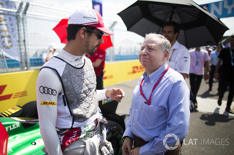 Lucas di Grassi, Audi Sport ABT Schaeffler, talks with FIA President Jean Todt