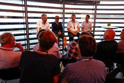 Fernando Alonso, McLaren, Zak Brown, Executive Director, McLaren Technology Group, and Stoffel Vandoorne, McLaren, hold a Press Conference