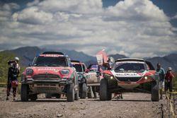 #319 Peugeot: Khalid Al-Qassimi, Xavier Panseri, #312 X-Raid Team Mini: Jakub Przygonski, Tom Colsou
