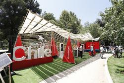 Ciudad de Chile's E-Village stand açılış seremonisi