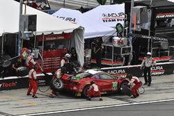 Пит-стоп: Билл Суидлер, Таунсед Белл, Фрэнки Монтекальво, Сэм Бёрд, Scuderia Corsa, Ferrari 488 GT3