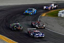 Дирк Мюллер, Джой Хенд, Себастьен Бурдэ, Chip Ganassi Racing, Ford GT (№66), Микаэль Грайнер, Кенни
