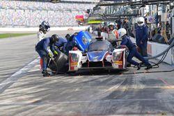 #23 United Autosports Ligier LMP2, P: Phil Hanson, Lando Norris, Fernando Alonso pit stop