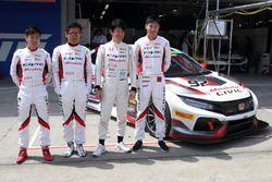#97 Modulo Honda CIVIC TCR, Tadao Uematsu, Shinji Nakano, Hiroki Otsu e Takashi Kobayashi