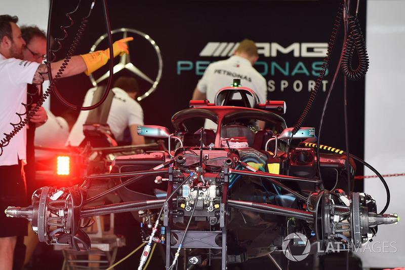 Suspension avant de la Mercedes-AMG F1 W09