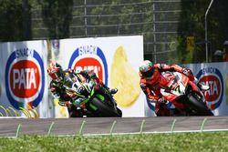 Jonathan Rea, Kawasaki Racing pasa a Chaz Davies, Aruba.it Racing-Ducati SBK Team
