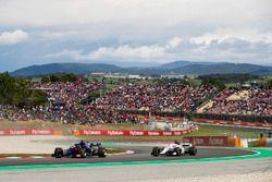 Brendon Hartley, Toro Rosso STR13, Marcus Ericsson, Sauber C37