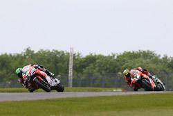 Eugene Laverty, Milwaukee Aprilia, Chaz Davies, Aruba.it Racing-Ducati SBK Team