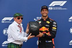 Pole sitter Daniel Ricciardo, Red Bull Racing receives the Pirelli Pole Position Award from Jackie Stewart