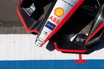 Alerón delantero del monoplaza de Sébastien Buemi, Nissan e.Dams, Nissan IMO2