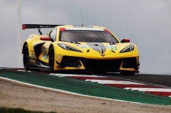 Chevrolet Corvette C8.R №63 команды Corvette Racing: Ян Магнуссен, Майк Роккенфеллер