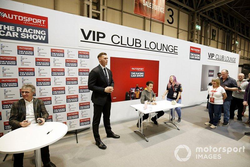 Lando Norris, McLaren signs autographs for fans at the VIP Club Lounge