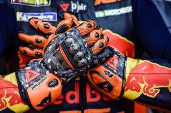 Handschuhe: Pol Espargaro, Red Bull KTM Factory Racing