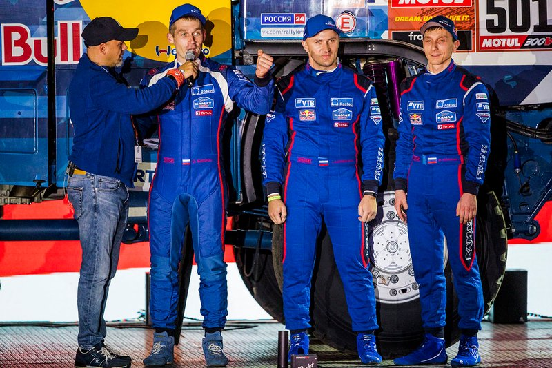#501 Team KAMAZ Master: Dmitry Sotnikov, Ruslan Akhmadeev, Ilgiz Akhmetzianov