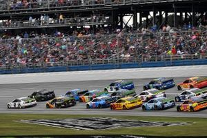 Brad Keselowski, Team Penske, Ford Mustang Miller Lite leads