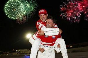 #912 Porsche GT Team Porsche 911 RSR: Earl Bamber, Laurens Vanthoor, Mathieu Jaminet celebran