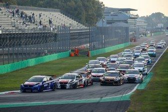 Partenza di Gara 1 al TCR Europe: Monza