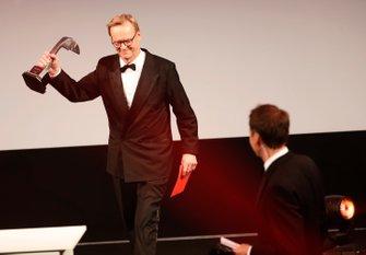 Ari Vatanen presenta il Rally Driver of the Year Award