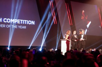Dario Franchitti presents the British Competition Driver of the Year award