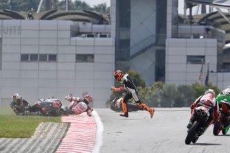 Caída de Ayumu Sasaki, SIC Racing Team, Andrea Migno, Bester Capital Dubai, Kaito Toba, Honda Team Asia