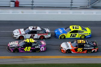 Jimmie Johnson, Hendrick Motorsports, Chevrolet Camaro Ally, Brad Keselowski, Team Penske, Ford Mustang Discount Tire