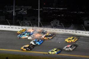 Ross Chastain, Spire Motorsports, Chevrolet Camaro AdventHealth and Ryan Preece, JTG Daugherty Racing, Chevrolet Camaro Cottonelle wreck