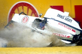 Crash: Jacques Villeneuve, BAR 003