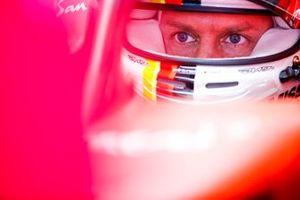 Sebastien Vettel, Ferrari SF1000 in the garage