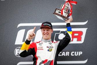 Podium: Race winner Johan Kristoffersson, SLR Volkswagen Volkswagen Golf GTI TCR