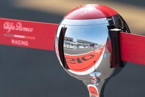 Alfa Romeo Racing reflection