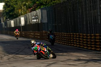 Dominic Herbertson, Dafabet Devitt Racing KAWASAKI ZX10-RR