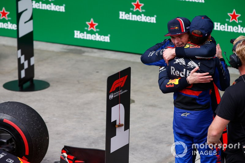 Max Verstappen, Red Bull Racing, 1st position, and Pierre Gasly, Toro Rosso, 2nd position, congratulate each other