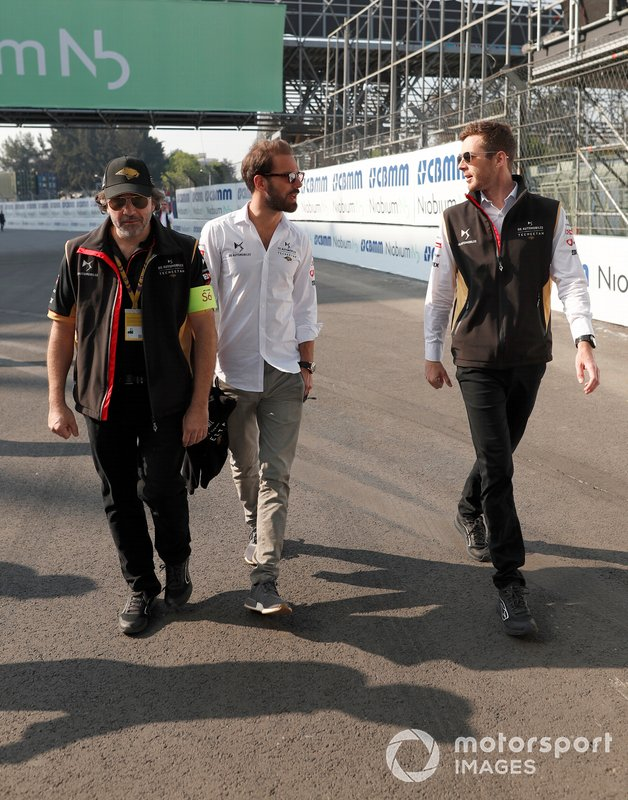 Jean-Eric Vergne, DS Techeetah, during his track walk with his engineer Pascal Tortosa, DS Techeetah Race Engineer