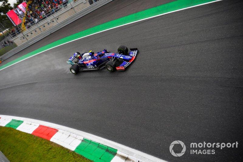 19 - Pierre Gasly, Toro Rosso STR14 - 1'21.125