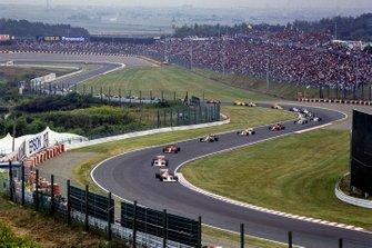 Renn-Action in Suzuka: Alain Prost, McLaren MP4/5, führt
