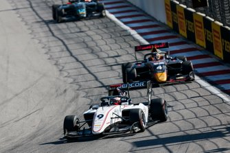Рауль Хайман, Sauber Junior Team by Charouz, и Лиам Лоусон, MP Motorsport