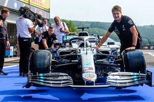 Mercedes AMG F1 W10 de Lewis Hamilton