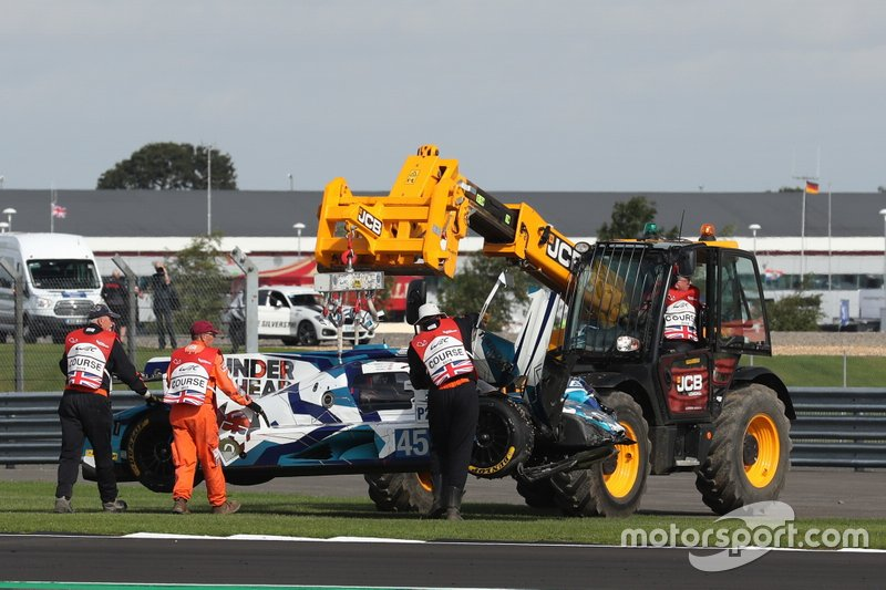 #45 Carlin Dallara P217 Gibson: Jack Manchester, Harry Tincknell, Ben Barnicoat after the crash