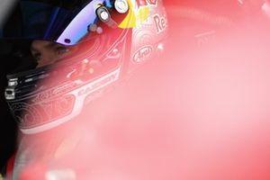 #27 HubAuto Corsa Ferrari 488 GT3: Nick Cassidy