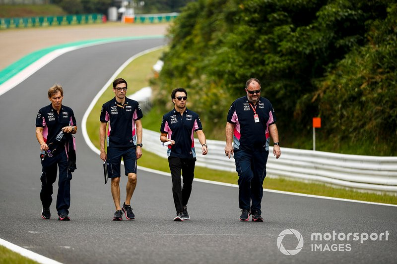 Sergio Perez, Racing Point walks the track